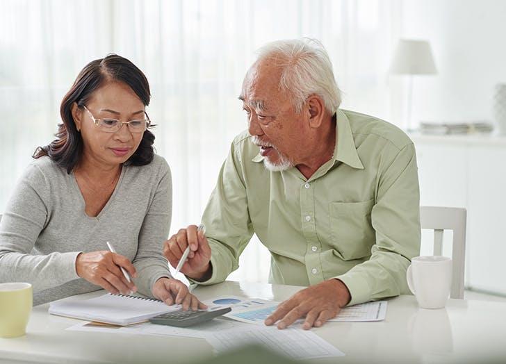 couple doing finances 4