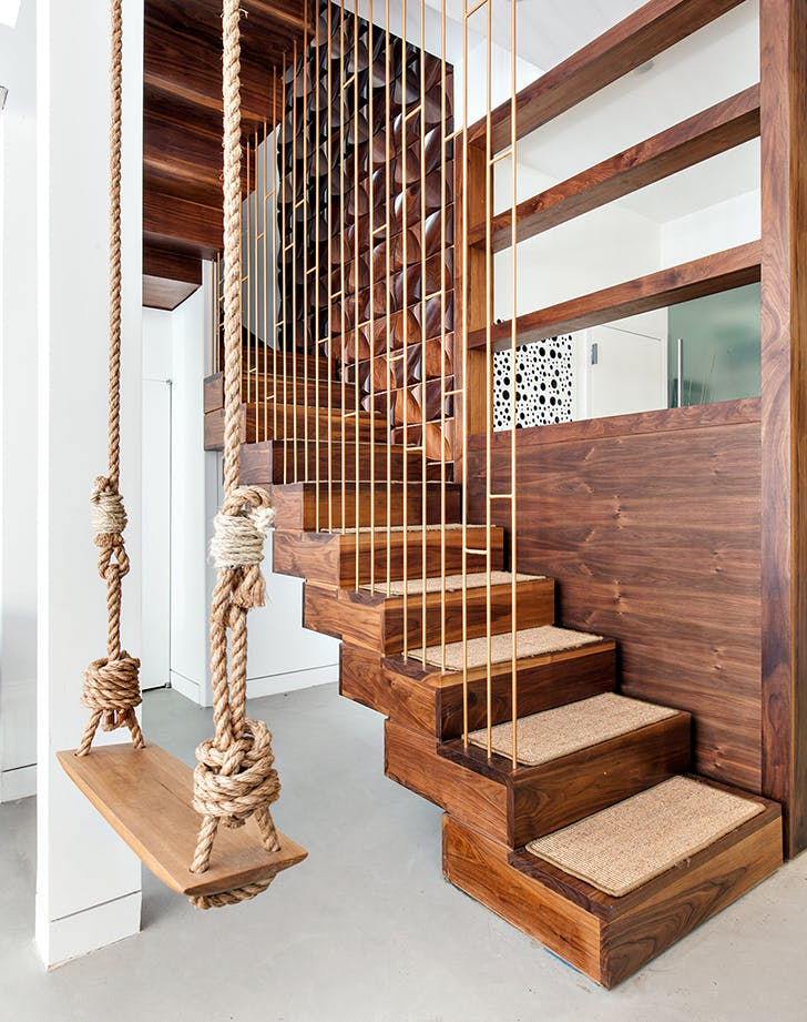 how to decortae staircase balustrades