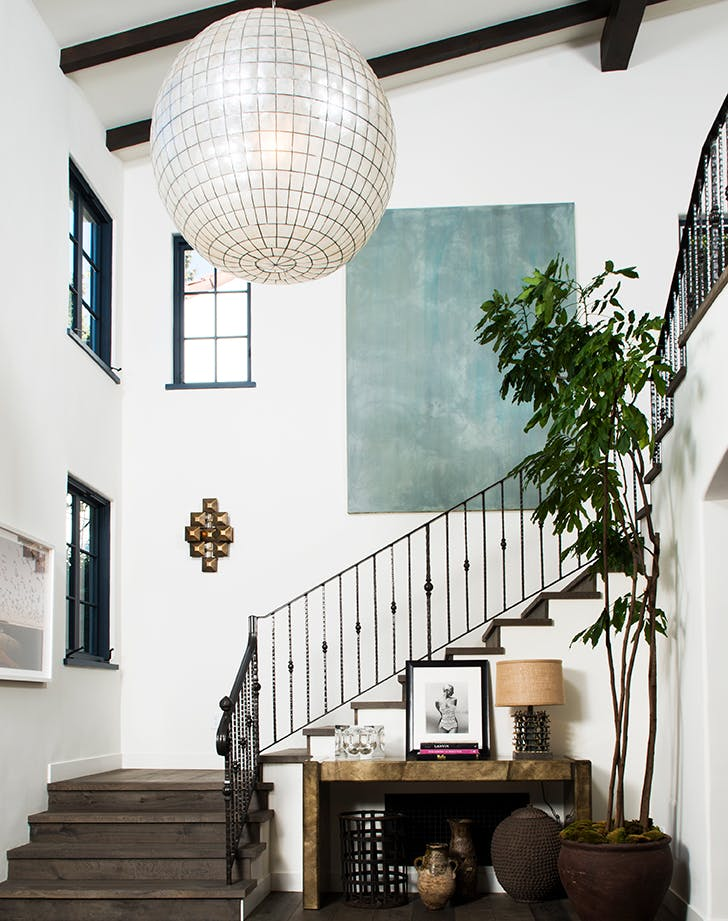 how to decortae staircase statement