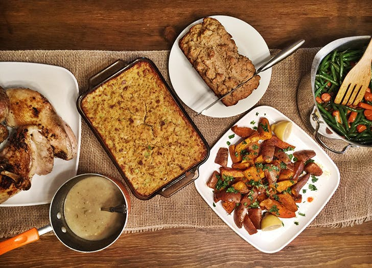 how to host friendsgiving9
