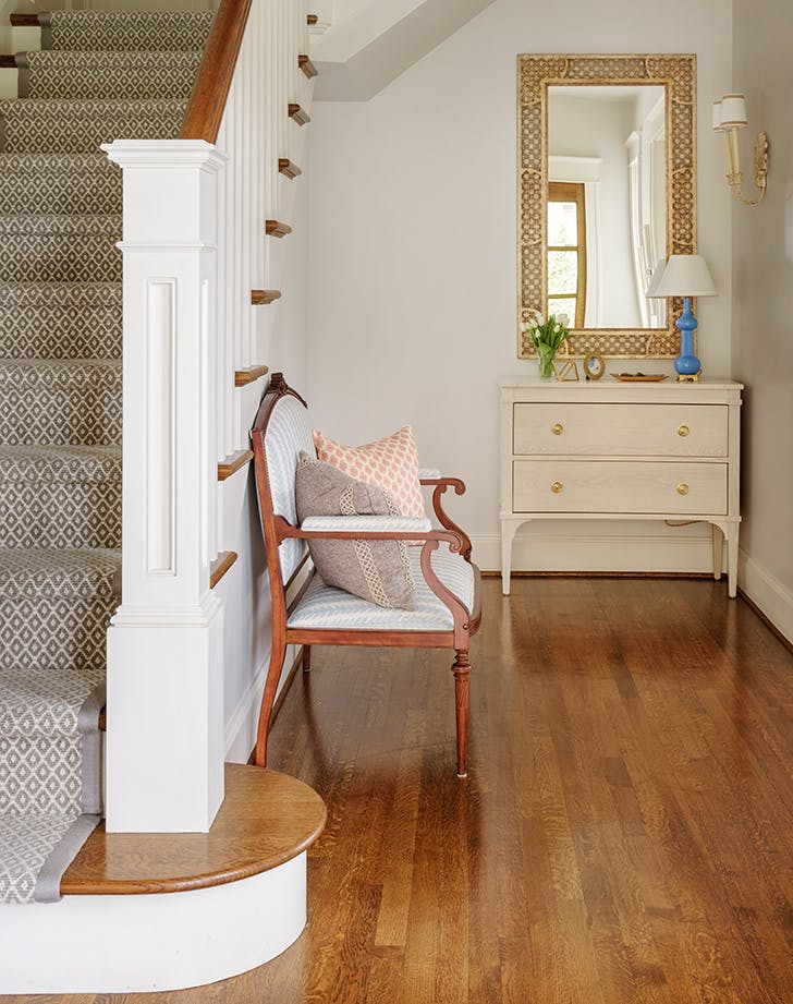how to style staircase seatingarea1