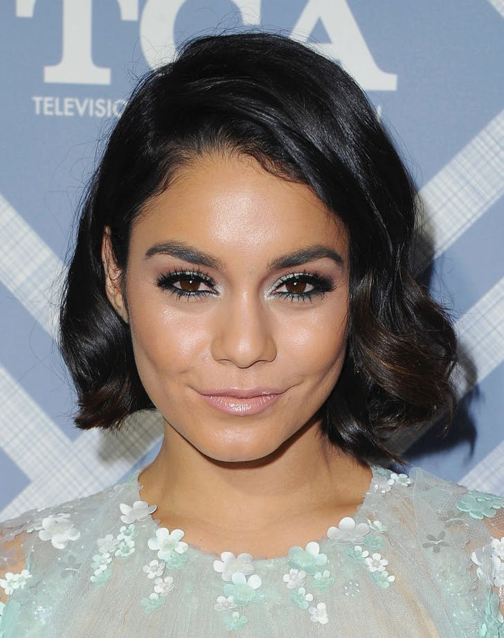 how to wear metallic makeup vanessa hudgens
