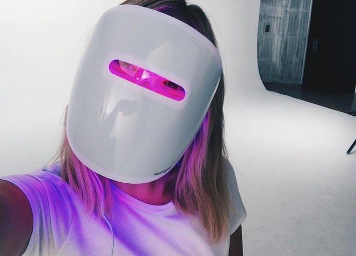 neutrogena light mask list
