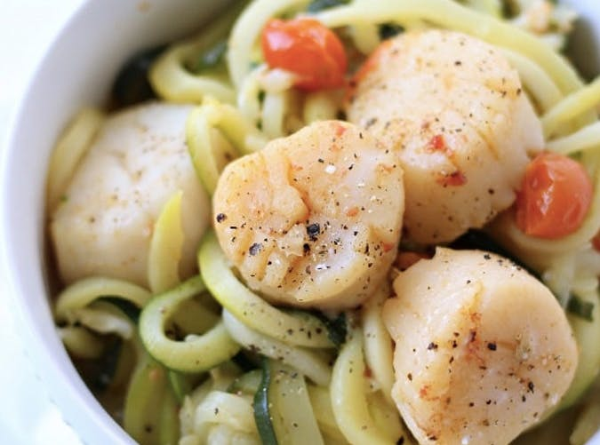 one pot ketogenic scallop scampi zucchini noodle recipe 501