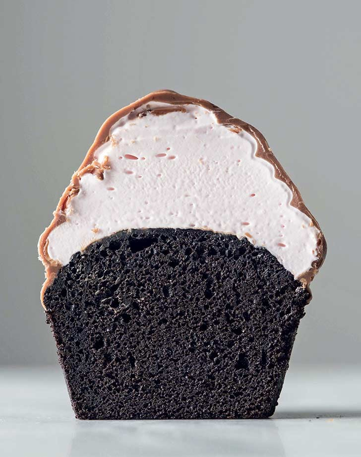 Peppermint Devils Food Hi Hat Cupcakes PureWow