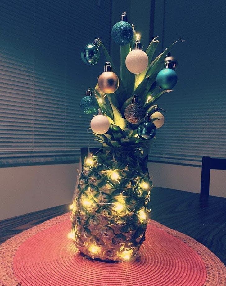pinapple christmas tree lights ornaments LIST