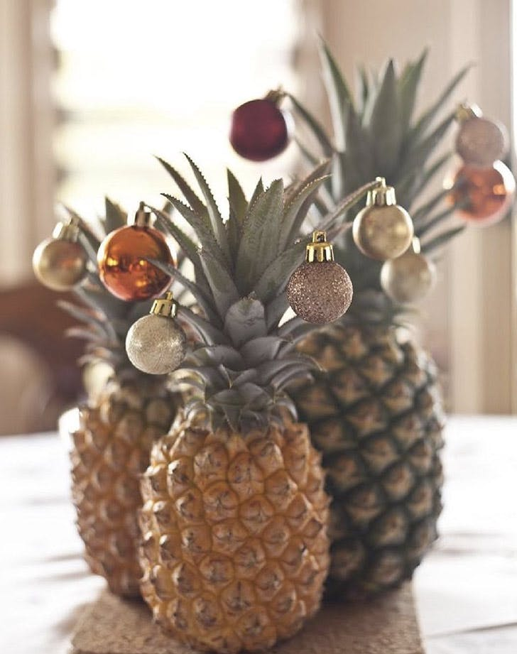 pineapple christmas tree centerpiece LIST
