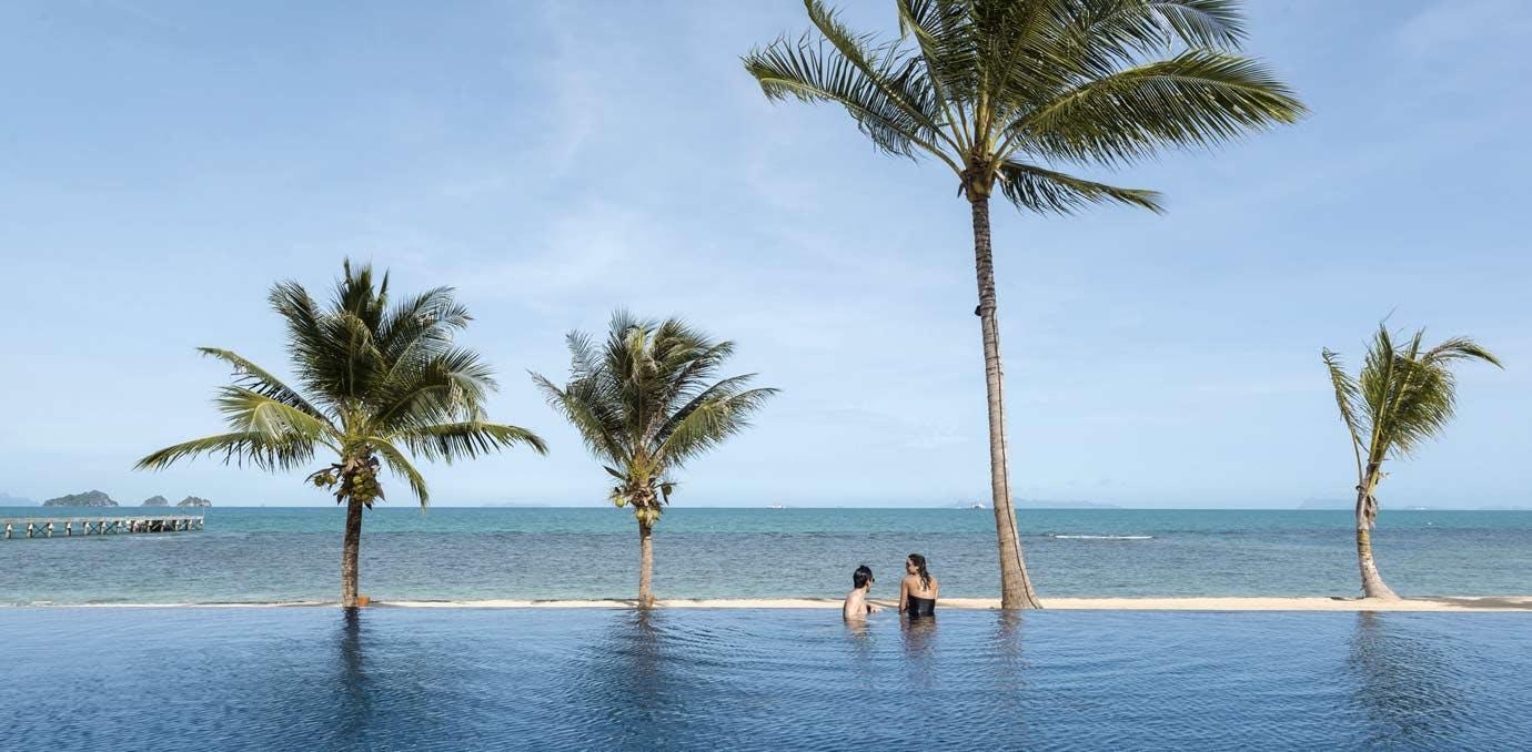 thailand honeymoon infinity pool