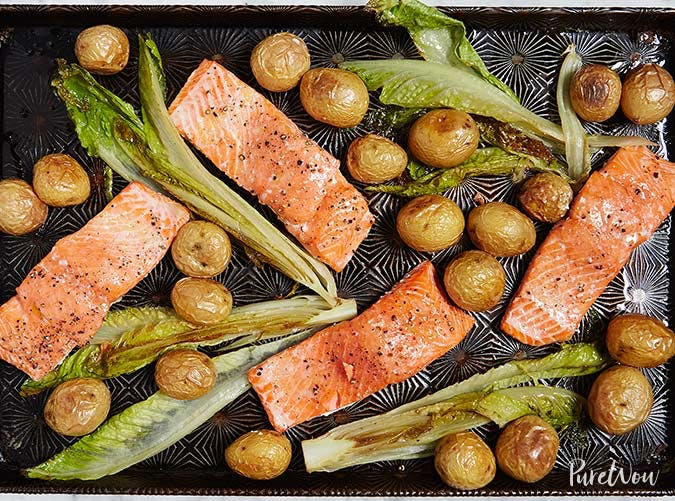 whole30 sheet pan salmon romaine 501
