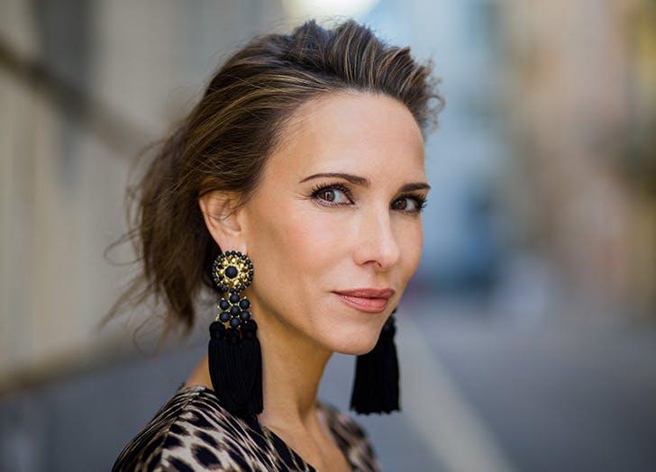 2018 jewelry trends shoulder skimming earrings