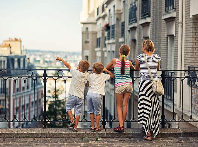A family living in Paris1