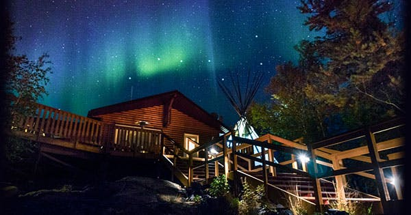 The 6 Best Places To See The Northern Lights In The World