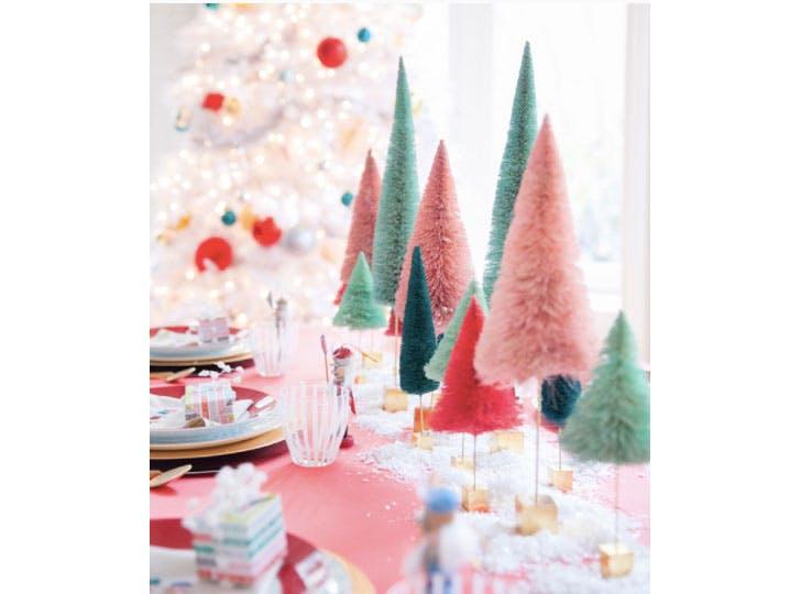 Pastel colored Christmas tablescape idea1