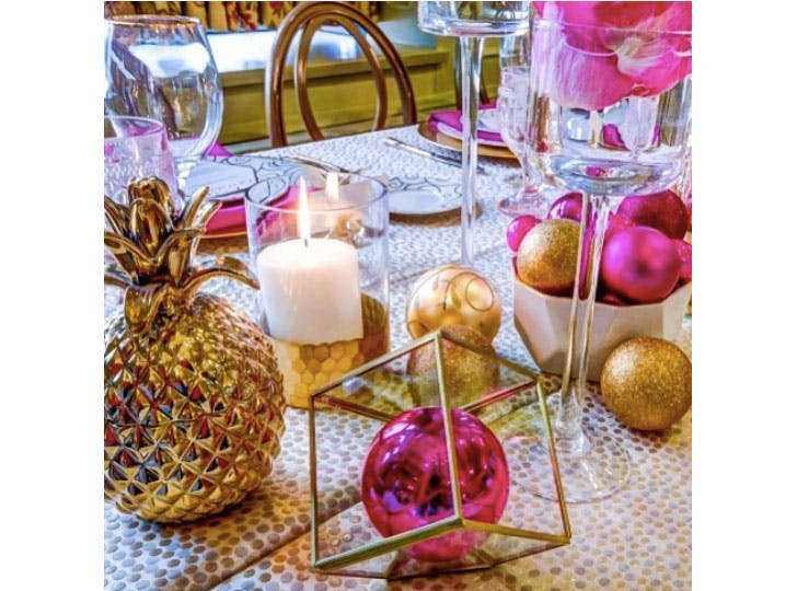 Pink and Gold Christmas table decorations