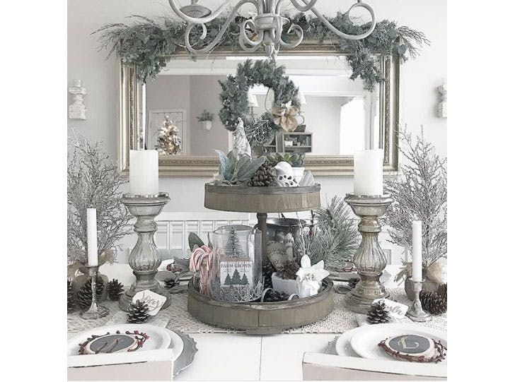 Winter Frost Christmas table decoration idea1