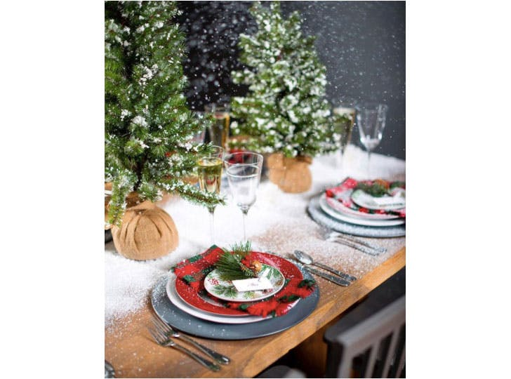 Winter Wonderland Christmas table decorations1