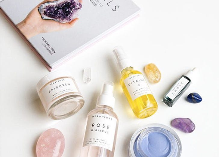 beauty trends crystals