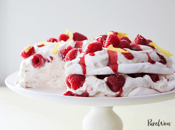 best desserts pavlova
