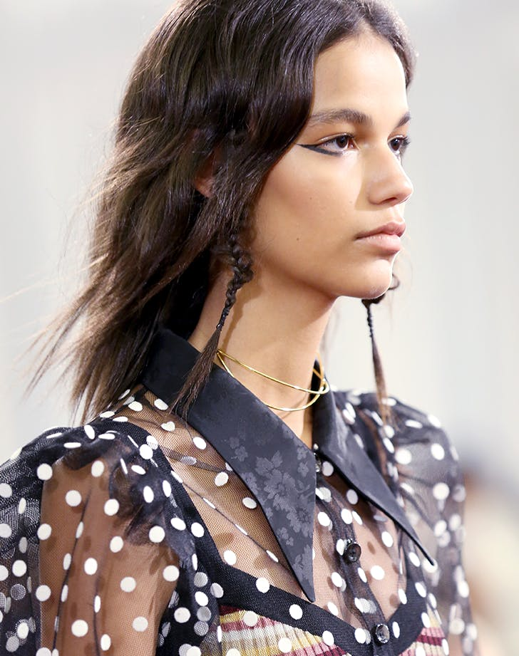graphic eyeliner beauty trends to try in 20181