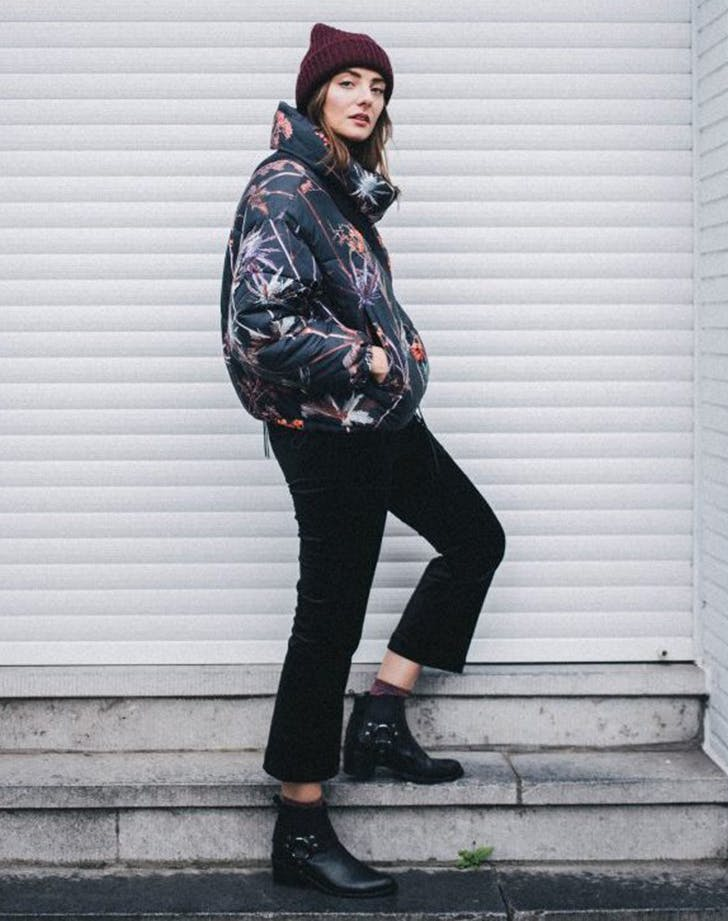 how to wear a puffer jacket polienne january winter outfit ideas