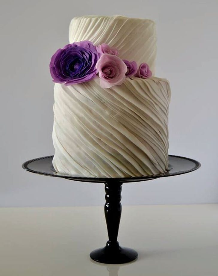 pleated wedding cake trend 1