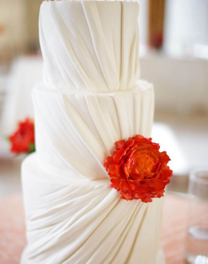 pleated wedding cake trend 5