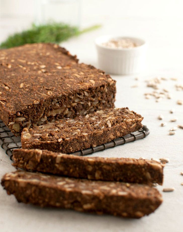 pumpernickel nut and seed bread 921