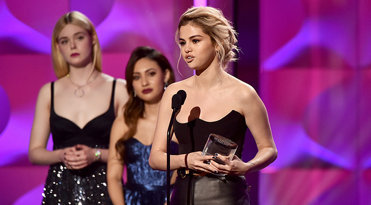 Selena Gomez Tearfully Dedicated Her Billboard Award to Kidney Donor Francia Raisa