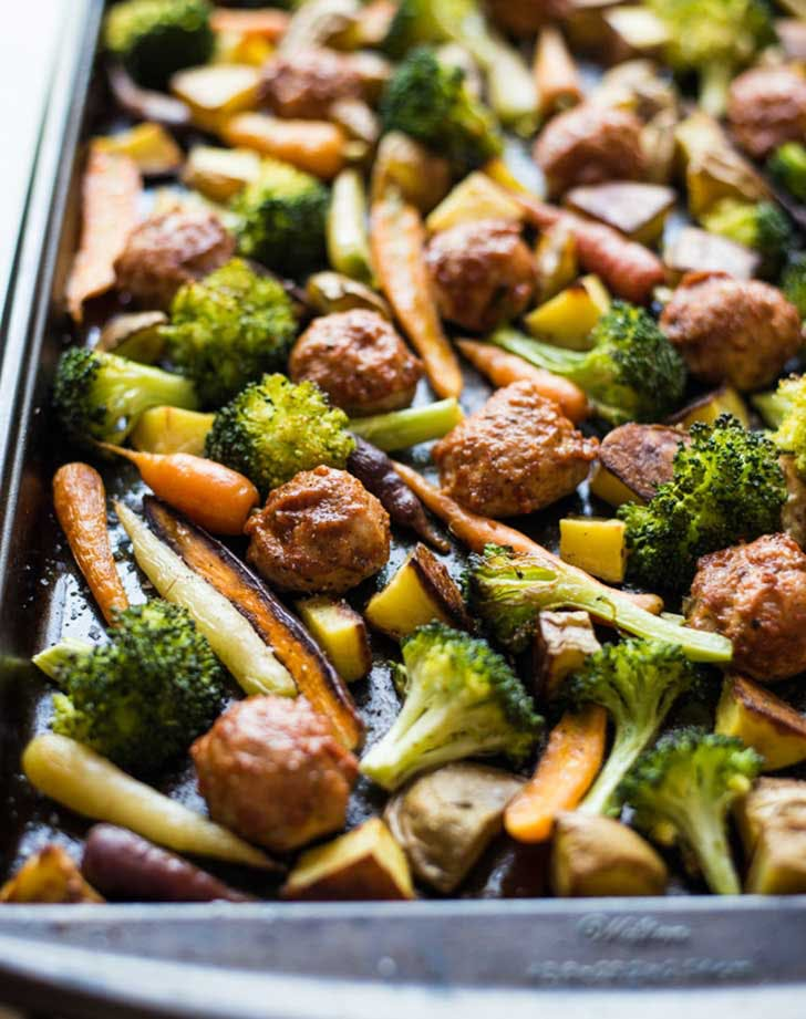 sheet pan dinner chicken meatballs veggies