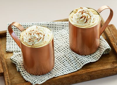 slow cooker cinnamon spiked lattes 290