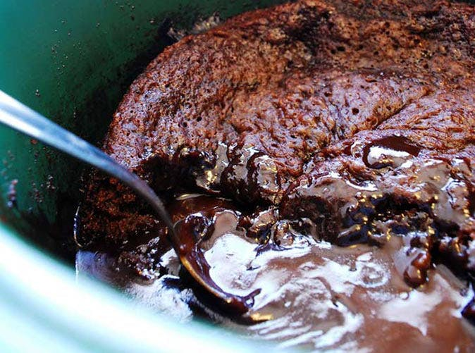 slow cooker vegan chocolate lava cake