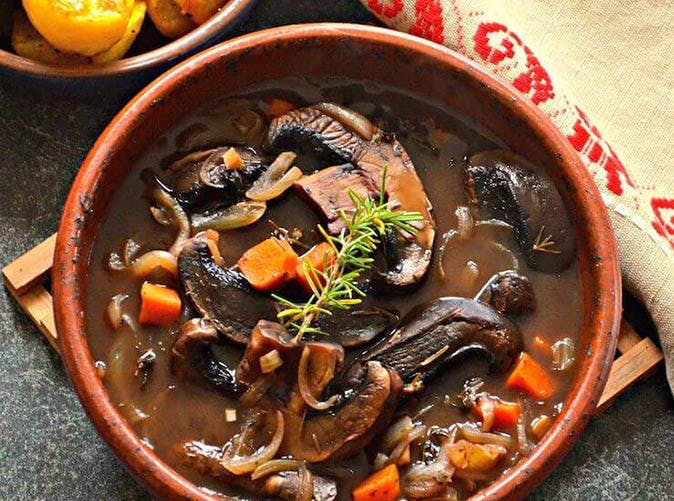 vegan slow cooker portobello pot roast1
