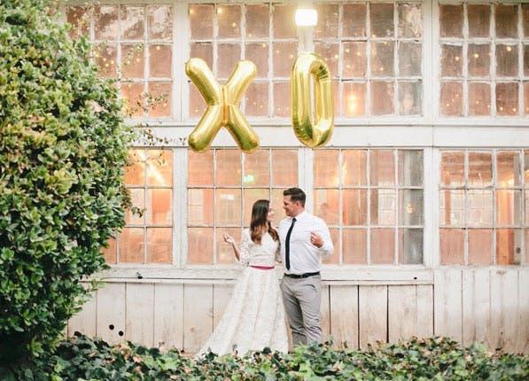 wedding trends letter balloon