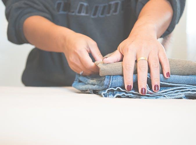 13 fold their laundry