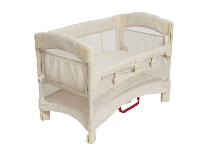 Arm s Reach Bedside Bassinet for newborn baby