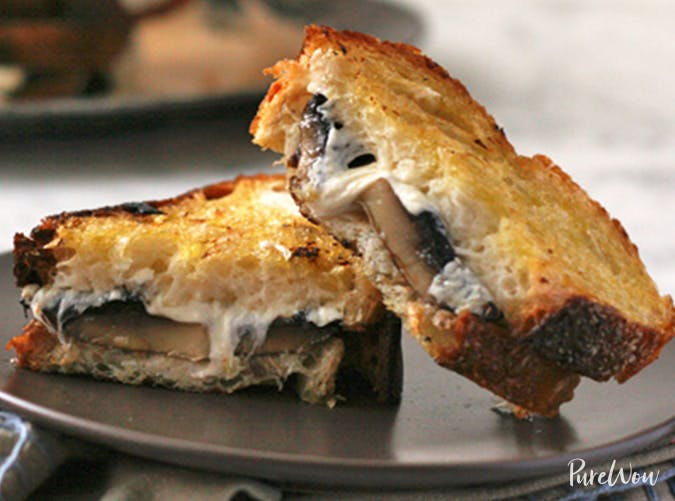Cheesy Roasted Mushroom Melts vegetarian comfort food recipes