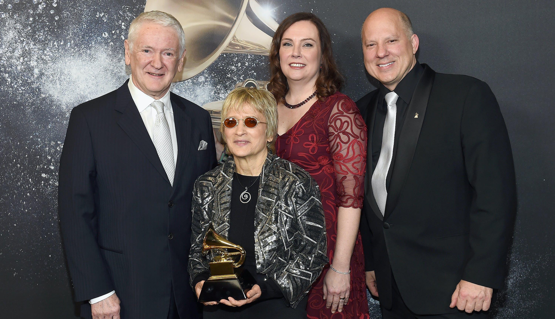 Grammy awards complete winners list surround sound