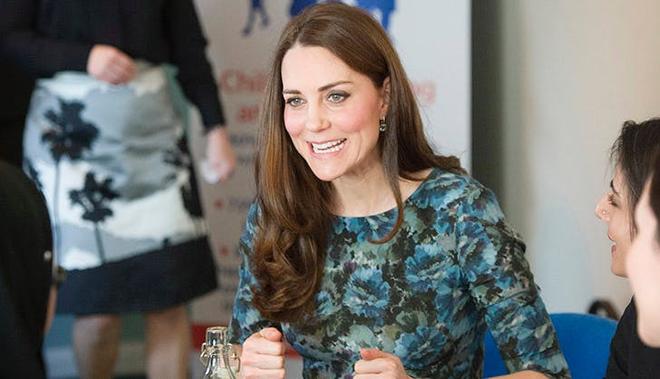 Kate Middleton recycles maternity dress1