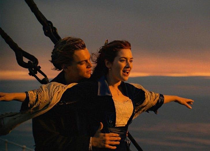 Leonardo DiCaprio and Kate Winslet in Titanic film still1