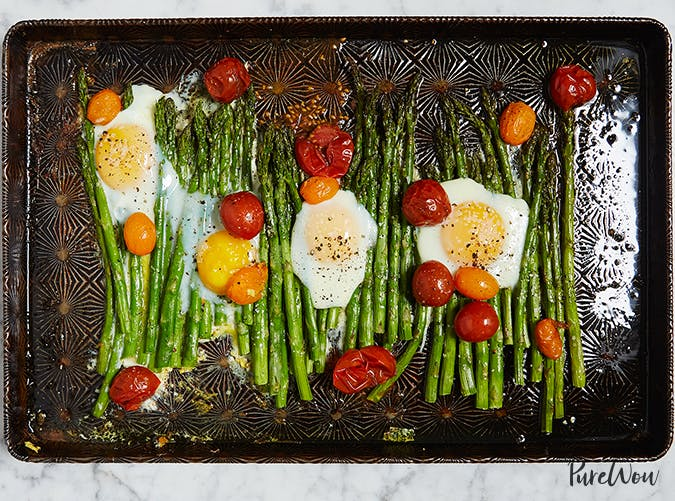 One Pan Eggs with Asparagus and Tomatoes vegetarian sheet pan recipes