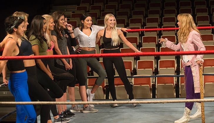 The Bachelor season 22 episode 3 recap girls wrestling