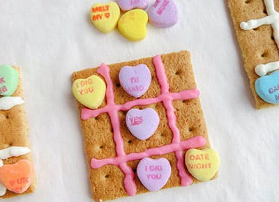 Tic Tac Toe Valentine s Day Crafts for kids 400