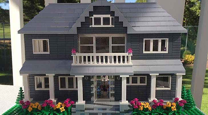 Love Your Home? This Etsy Shop Will Craft an Exact Replica...In Legos