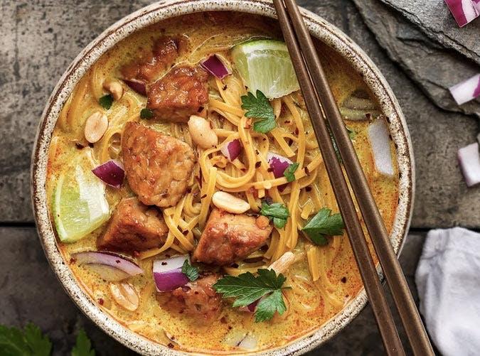 gluten free tempeh khao soi recipe