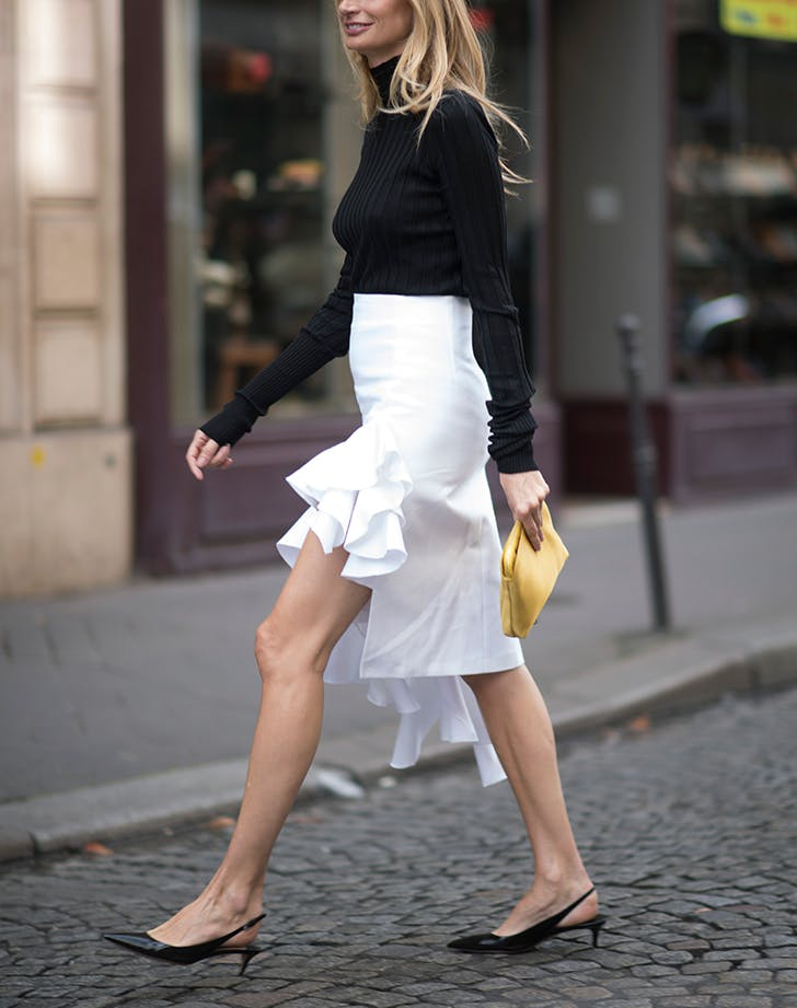 how to wear kitten heels ruffle skirt