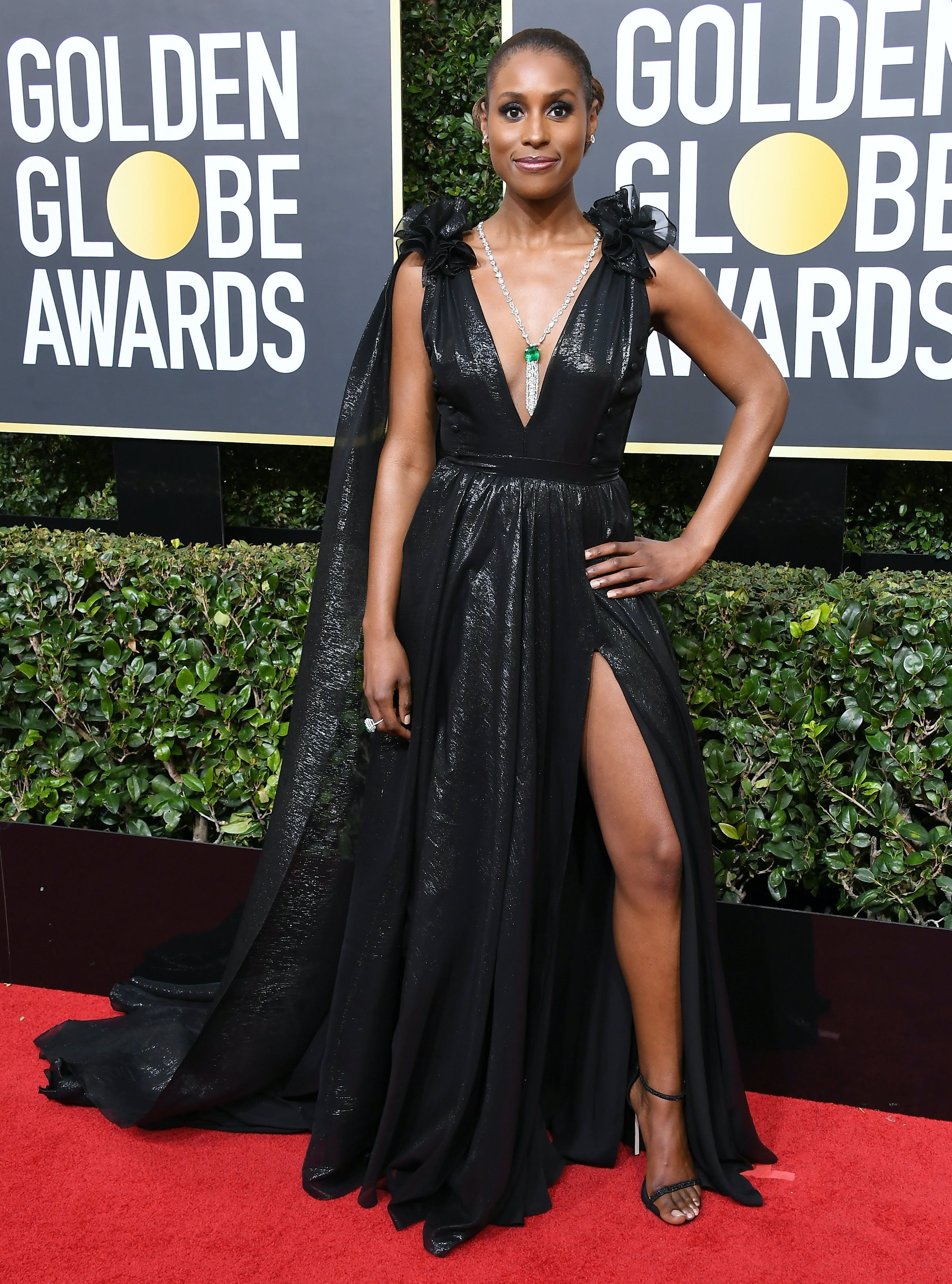 issa rae 2018 golden globes red carpet1