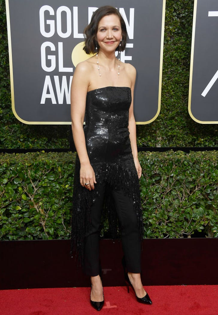 maggie gyllenhaal wearing pants golden globes