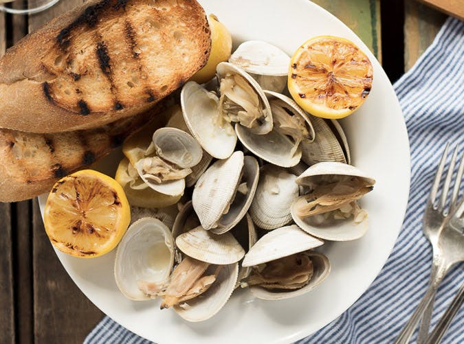 patriots super bowl snack recipes beer steamed clams