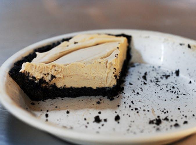 ree drummond comfort food chocolate peanut butter pie recipe