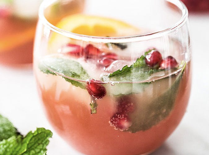 super bowl cocktail recipes pomegranate champagne punch